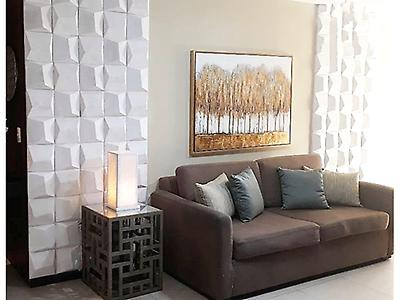 Revestimientos tridimensionales para uso decorativo en paredes interiores